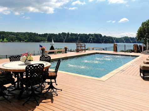 Swimming Pool - Deck
