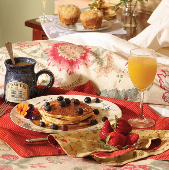Breakfast - Brampton Bed and Breakfast Inn