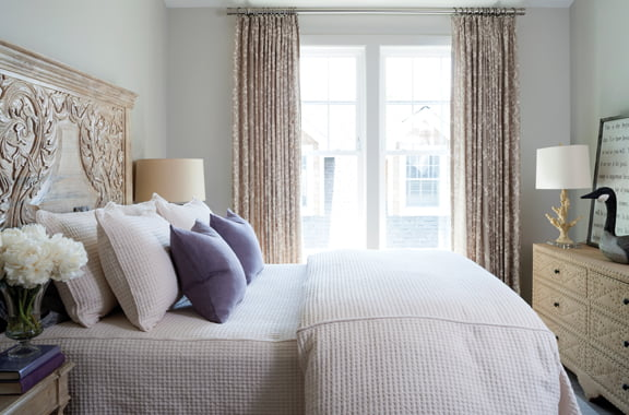 Bed frame - Curtain