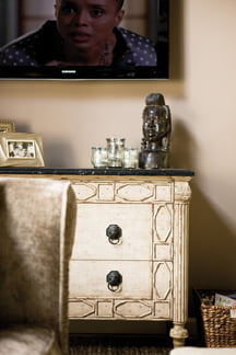 Chest - Chest of drawers