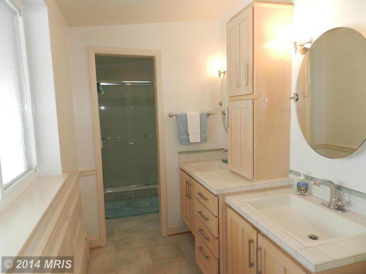 Bathroom - Bedroom