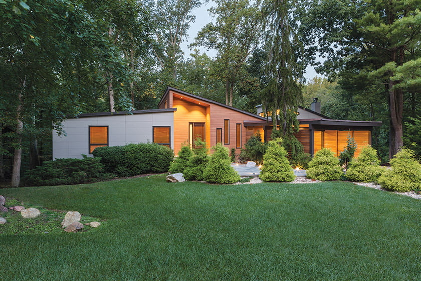 Winn Design+Build imbues a faded Rockville contemporary with curb appeal galore