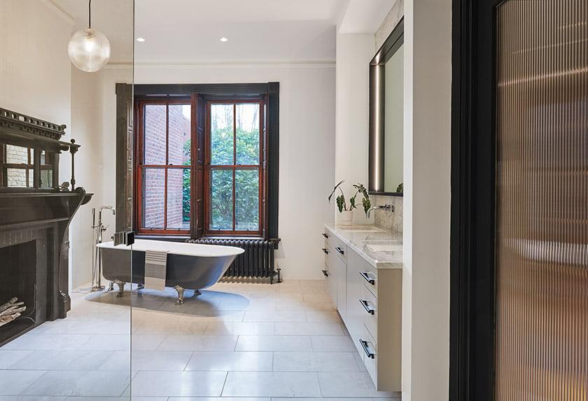 Owners bath with clawfoot tub