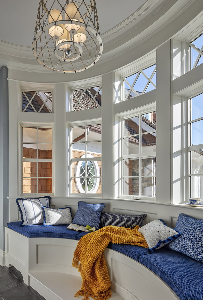 curved bay window seating