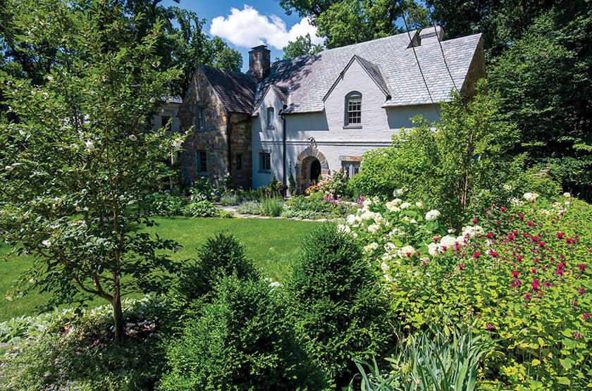 Fine Earth Landscape, Inc. - Flowering front yard garden