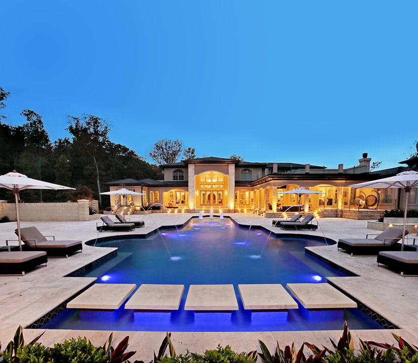 Pool and water features