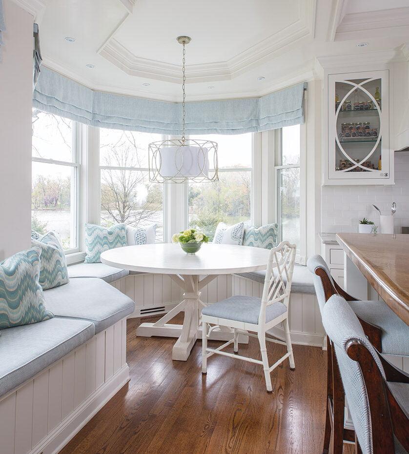 Bay window breakfast nook with built-in bench
