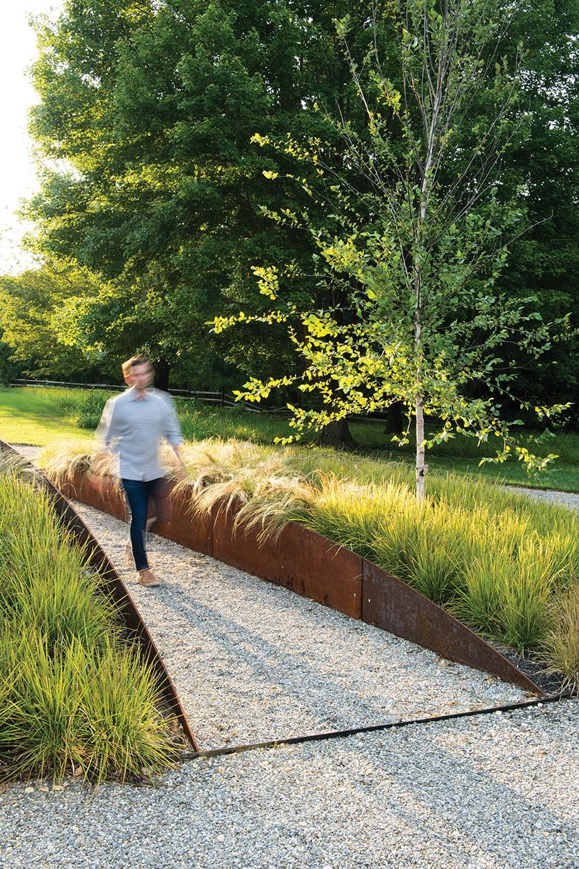 Corten-钢板 - 庭院路径