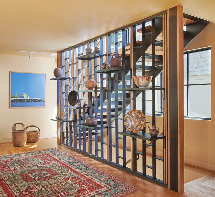 古铁雷斯工作室设计的三层木钢楼梯