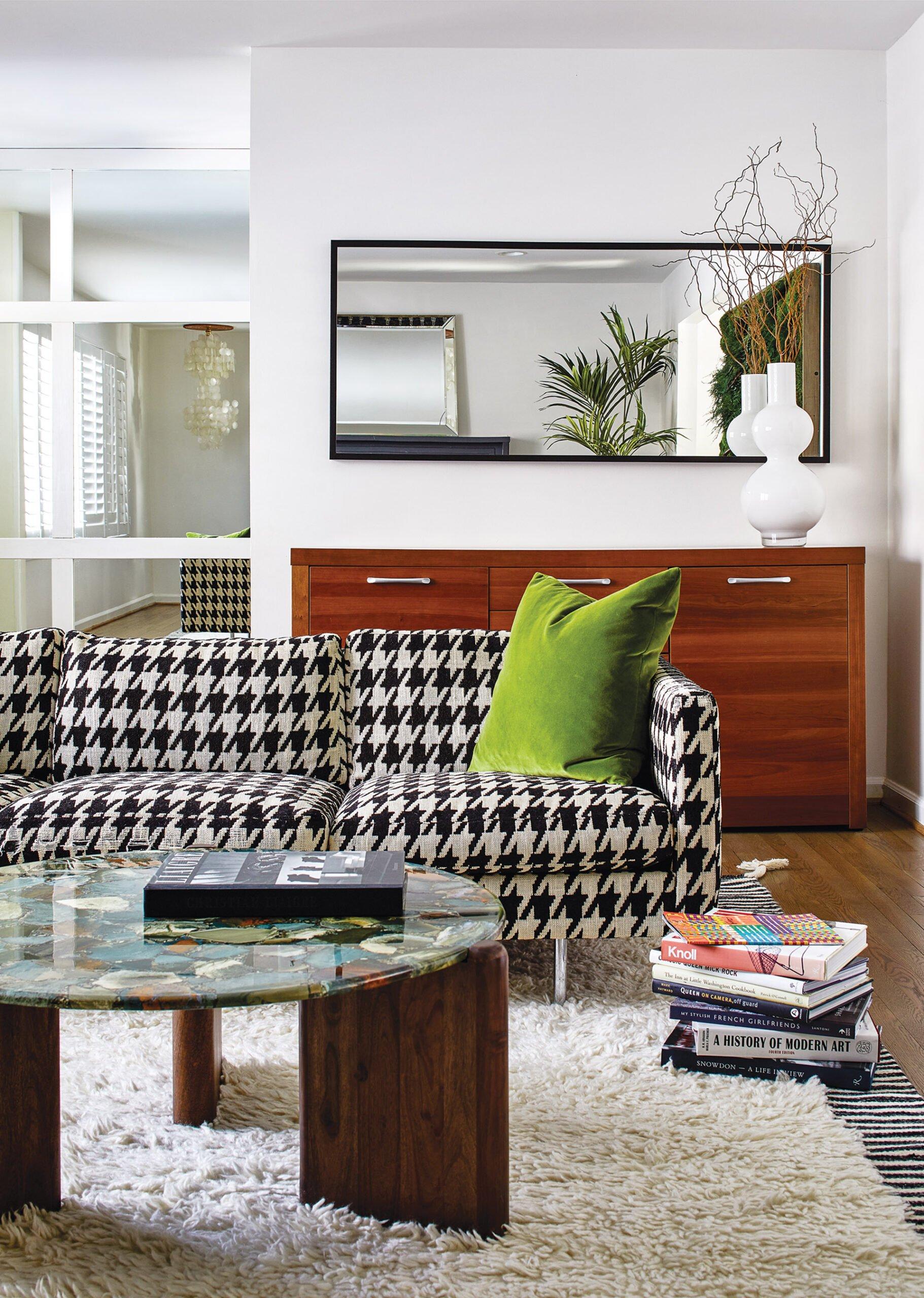 Original Milo Baughman sofa in living room.